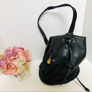 LEATHER COMPANY LIZ CLAIBORNE-leather backpack. 🌷